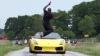 NEBUNIE CURATĂ: Cum să sari peste un Lamborghini care merge cu 130 km/h (VIDEO)