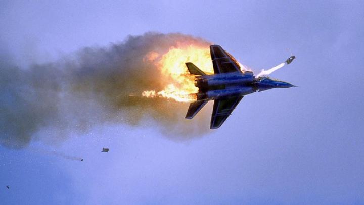 Accidentele aviatice se ţin lanţ. Un avion de vânătoare s-a prăbușit în sudul Rusiei