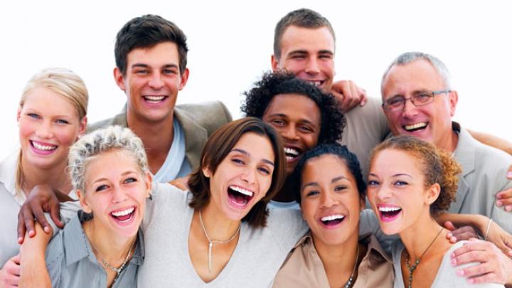 """Terapie inedită în Hong Kong. """"10 minute de râs intensiv fac cât 30 de minute de exerciţii cardio"""""""