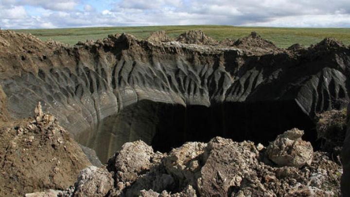 Cercetătorii au descifrat misterul craterului uriaş, care a apărut brusc în Siberia (FOTO/VIDEO)