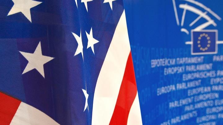 SUA şi UE impun noi presiuni asupra Rusiei din cauza situaţiei din Ucraina