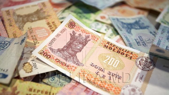 STUDIU: Ce ar face unii moldoveni dacă ar dispune de o sumă de bani nelimitată