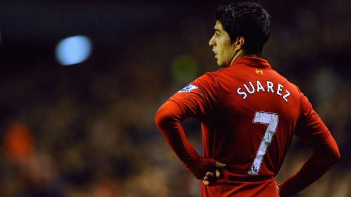 Luis Suarez şi-a cerut scuze de la atacantul italian într-un mesaj public pe o reţea de socializare