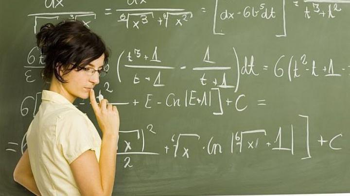 CODUL EDUCAŢIEI: Profesorii vor fi evaluaţi şi testaţi de Inspectoratul Naţional Şcolar