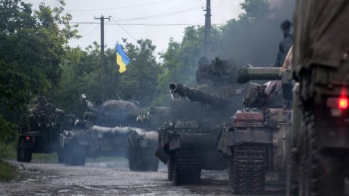 Oraşul Lugansk este aproape încercuit. VEZI HARTA luptelor care au loc în estul Ucrainei