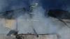 Casă în flăcări în raionul Râșcani. Vecinii au alertat pompierii (VIDEO/FOTO)