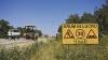 """Un drum din raionul Comrat a fost lăsat pe jumătate reparat. """"Lucrează foarte încet sau ni se pare nouă"""""""