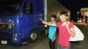 Doi afgani s-au pornit în Italia, ascunşi într-un camion moldovenesc ce mergea spre Rusia (FOTO)