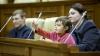 Parlamentul îşi deschide uşile şi îi invită pe toţi în ospeţie de Ziua Independenţei
