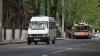 """""""Este agresiv, înjură şi fumează"""". Şoferul unui microbuz de linie încalcă regulile de securitate în trafic (VIDEO)"""