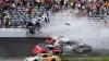 Cursă cu accidente spectaculoase la Michigan! Maşina lui Keylor Larson a luat foc