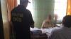 Prinsă cu mâna pe mită. Câţi ani riscă o directoare din Soroca care vindea diplome de studii (VIDEO)