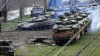 Kievul acuză Rusia că transmite în continuare tancuri rebelilor proruşi