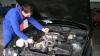 Trăiesc în străinătate, dar îşi repară maşinile la Chişinău. Solicitările de deservire auto au crescut de cinci ori în luna august