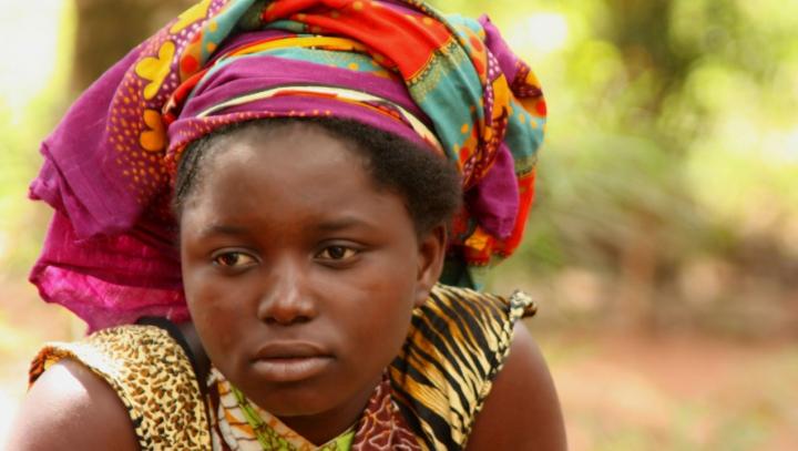 Virusul Ebola poate fi prevenit. A apărut două vaccinuri care dau rezultate promițătoare