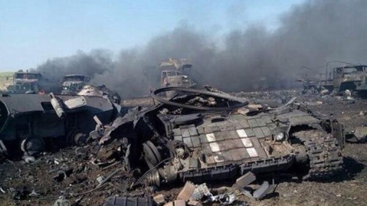 RĂZBOI ÎN UCRAINA. Aviaţia Kievului a distrus două coloane de blindate ruse (LIVE TEXT)