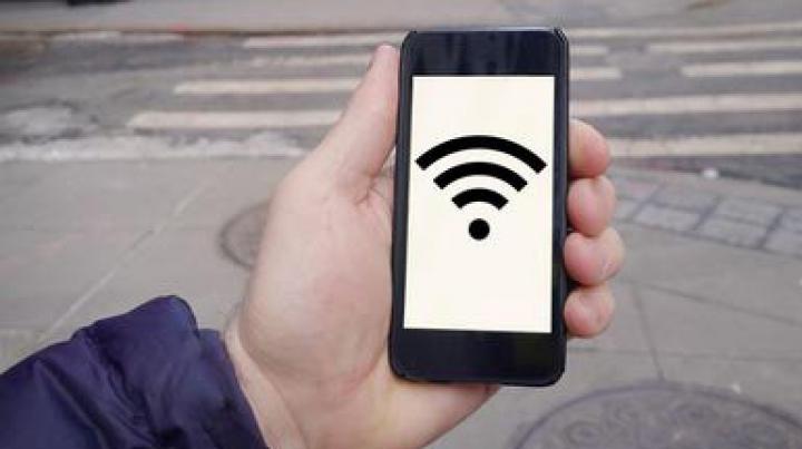 Guvernul de la Moscova a decis: Cetăţenii ruşi se vor putea conecta la Internet prin Wi-Fi doar cu paşaportul