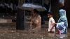 (VIDEO) Dezastru în India! Ploile torenţiale au răpit zeci de vieţi