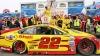 A început slab, dar a învins! Joe Logano a câştigat cursa NASCAR din oraşul New Hampshire