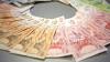 CURS VALUTAR: Leul se apreciază în raport cu principalele valute de referință