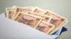 Scandal într-un sat din raionul Glodeni! Şefa oficiului poştal, acuzată că ar fi furat bani destinaţi familiilor nevoiașe