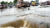 Potop în India şi Pakistan. Circa 350 de oameni au murit din cauza inundaţiilor