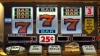 Percheziţii la patru cazinouri din Chişinău. Ce ilegalităţi au descoperit oamenii legii (VIDEO)
