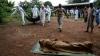 Isterii Ebola în Africa! Localnicii omoară medici şi jurnalişti occidentali