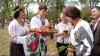 """În satul Bardar s-a desfăşurat Festivalul Nucului, iar la """"Vatra Neamului"""" - Festivalul Bâcului (VIDEO)"""