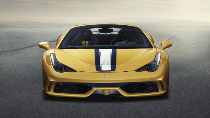 Italienii de la Ferrari au venit cu o surpriză specială la Salonul Auto de la Paris (FOTO)