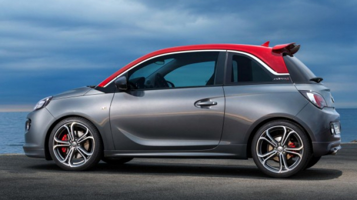 Opel a prezentat versiunea de serie a celui mai puternic hatchback Adam