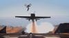Cascadorie incredibilă! Un biciclist sare peste un avion aflat în zbor (VIDEO)