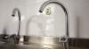 Locuitorii din Capitală, REVOLTAŢI că au primit facturi mai mari la consumul de apă: Ne prostesc