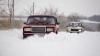 Iarna a venit toamna. Prima zăpadă le-a dat bătăi de cap şoferilor şi i-a speriat pe agricultori (VIDEO)
