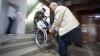 Peste 30 de secţii de votare din ţară vor fi dotate cu rampe de acces pentru alegătorii cu dizabilităţi