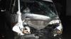 O nouă zi, un alt accident. Un microbuz a fost lovit de un camion la Peresecina