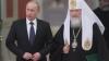 Să te rogi în public a devenit ilegal în Rusia. Putin tocmai a promulgat o lege care reglementează practicarea religiei