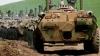 Blindate ruseşti se îndreaptă din Crimeea spre estul Ucrainei (VIDEO)