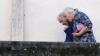 Studiu: Moldova nici pe departe nu este ţara în care vârstnicii îşi pot petrece fără griji bătrâneţea