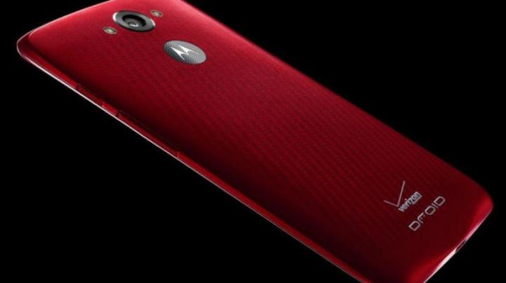 Motorola vrea să uimească din nou: Îşi dotează smartphone-ul cu cea mai longevivă baterie