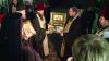 O icoană a Sfinţilor Trei Ierarhi de pe Muntele Athos şi moaştele acestora au fost aduse la Chişinău