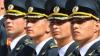 """""""Academie, drepţi!"""" Corman şi Marinuţa au discutat despre politică în compania studenţilor militari"""