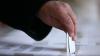 Ce spun alegătorii din Chişinău după ce au aflat că vor vota într-un cort (VIDEO)