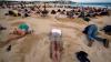 Protest inedit pe plajă! Gestul neobişnuit făcut de manifestanţii supăraţi pe şeful Executivului de la Sydney (FOTO)