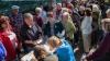 Kievul lasă fără pensii bătrânii din teritoriile ocupate de separatiştii proruşi