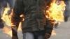 Strigător la cer! Un copil a luat foc şi a murit, după ce a fost lăsat fără supraveghere (VIDEO)