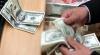 Record după record pentru dolar. BNM a stabilit cea mai înaltă cotaţie a monedei SUA