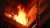 Alertă la Bălţi. Un bărbat a ajuns la spital după ce apartamentul său a fost cuprins de flăcări (VIDEO/FOTO)