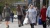 Sondaj: Fiecare al doilea locuitor al Moldovei are rude care muncesc peste hotare