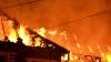Două incendii într-o singură noapte. Un bărbat şi o femeie au murit cuprinşi de flăcări